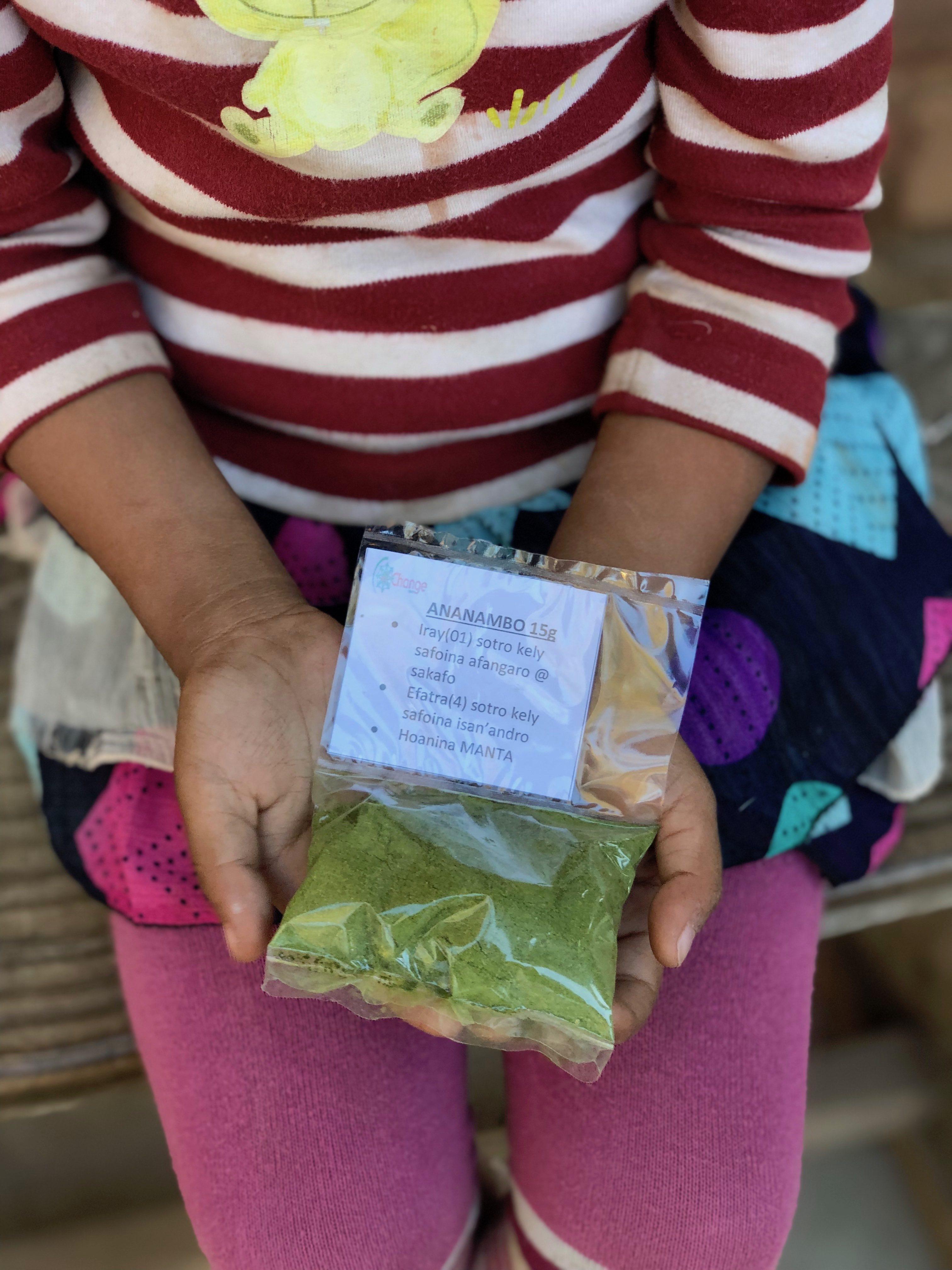 Confezione di farina di Moringa